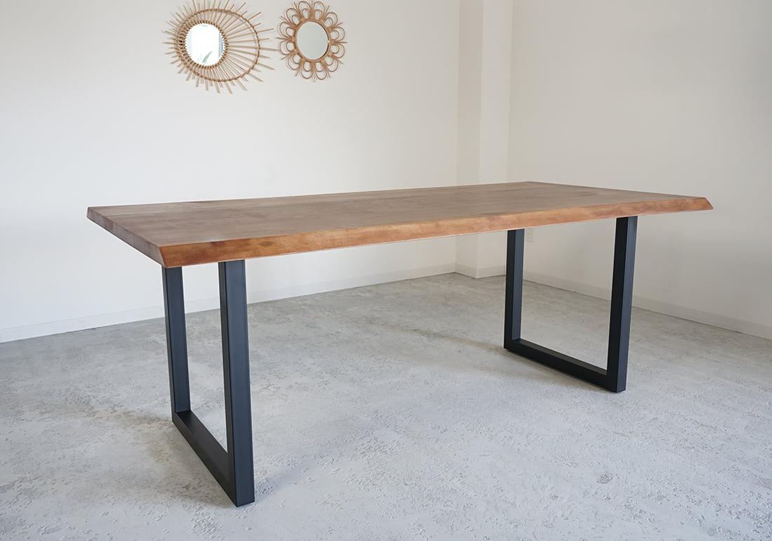 ダイニングテーブル<br />LIVE EDGE TABLE